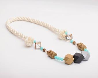 Nauti Knot Necklace