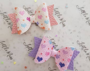 Little hearts bow