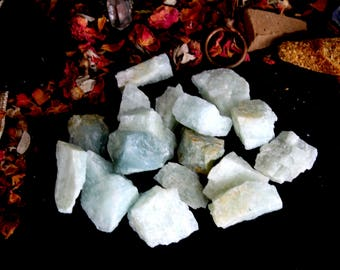 ONE Raw Aquamarine Crystal - Chakra Healing Stone, Throat Chakra Healing,Spirituality, Meditation,Cleansing,Blue Beryl Genuine Aquamarine