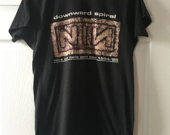 Nine Inch Nails NIN Downward Spiral World Tour '94 - '95 T-Shirt Size XL