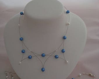 Blue and white beaded jewelry set