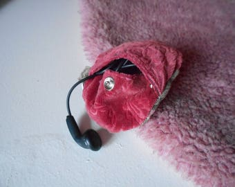 Earphone holder flowers