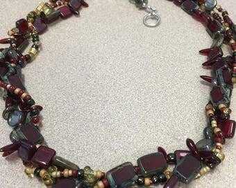 Stoplight Necklace Set