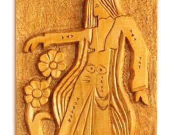 Woodcarving Girl Dancing
