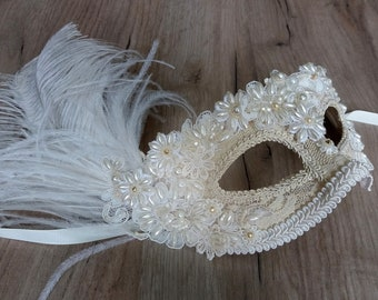 Gold masquerade mask with ostrich feather Carnival mask Gold bridal mask Venetian style masquerade ball mask Wedding mask Halloween mask