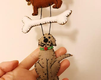 "30"" dog bone chain Handmade felt Christmas tree decoration / felt hanging ornament chic felt / primitive decor / Christmas dog bone"