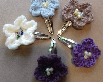 Flower girl hair clips