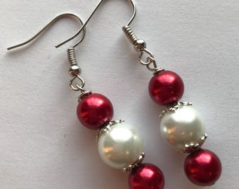 Red And White Drop Earrings, Red White Beaded Drop Earrings, Red White Earrings, White Red Earrings, Drop Earrings, Beaded Earrings