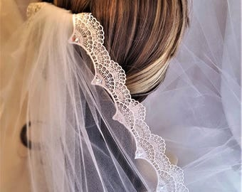 Lace Short Veils / Soft Short Veil / Crystal Lace Veil / Blush Shoulder Veil / Bridal Veils with Crystals / Beaded Lace Wedding Veils