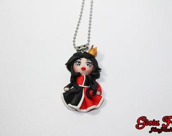 Doll Necklace Queen of hearts