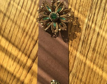 BookMark Jewelry; Antique Green