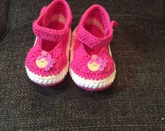 Crocheted Handmade Pink Baby Shoes Slippers Socks