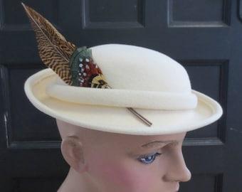 Vintage Ladies Hat Off White Wool Felt Box Adolfo II NOS Tag Feather 50s 60s Mid Century