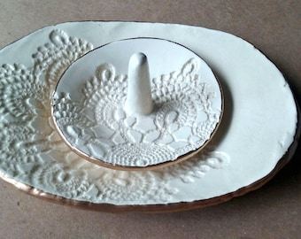 Ceramic Lace OFF WHITE Trinket Dish with matching ring holder edged in gold