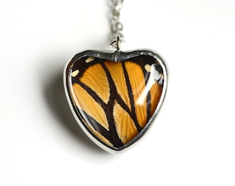 Real Butterfly Wing Necklace Monarch Heart Glass Jewel Danaus plexippus