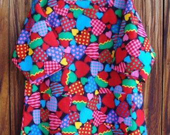 SIZE 14-16 The Mama San Mamasan Kappogi Full Coverage Smock Apron in Decorated Heart Print - Size Medium (14-16)