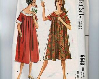 1960s Vintage Sewing Pattern McCalls 6543 Misses Muu Muu  Size Small 10 12 Bust 31 32 1962