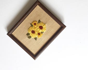 Vintage Framed Embroidered Flowers, Embroidered Daises, Embroidered Blackeyed Susans, Girl Nursery Decor,