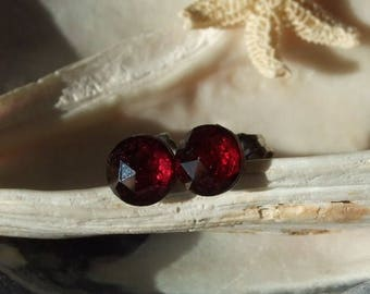 Rose Cuts Red Garnet Faceted 6mm Stud Post Earrings Earings Titanium Ear Post and Clutch Hypo Allergenic Sparkly