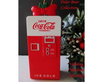 Coca Cola Ornament * Vending Machine * Opens Up To See Inside * Polar Bear Collection * VENDING MACHINE MISCHIEF * 1994