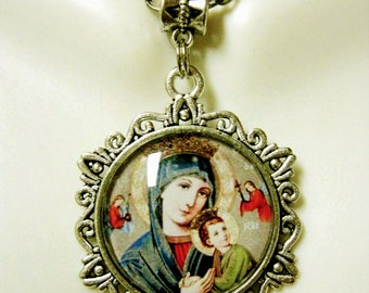 Our Lady of Perpetual Help pendant and chain - AP26-074
