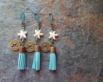 Starfish keychain - Star fish tassel charm - zipper pull - cute car accessory - rear view mirror dangle - key chain - purse charm - clip on
