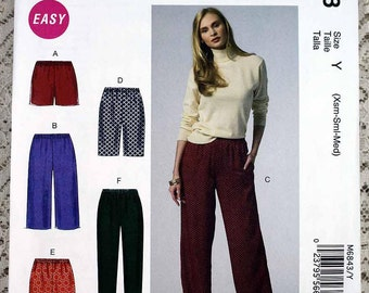 McCall's 6843, Misses' Shorts and Pants Sewing Pattern, Easy Pants Pattern, Easy Shorts Pattern, Misses' Pattern, Misses Size 4 to 14, Uncut