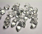 Faceted teardrop crystal briolette beads - 25 pcs - 13mm x 8mm - top sideways drill - crystal clear - CRTD2