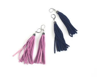 Leather tassel earrings in pink rose and navy blue