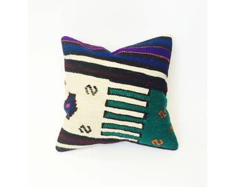 Vintage Kilim Square Pillow / 16x16