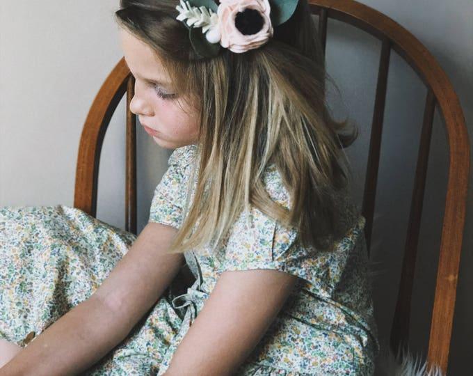 Featured listing image: Single Flower Headband or Alligator Clip // Swan Pink, Fall Carnation Felt Flower