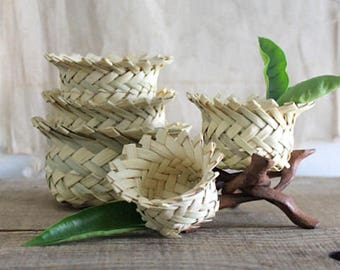 Vintage Woven Palm Nesting Baskets, Set Of Five Storage Baskets