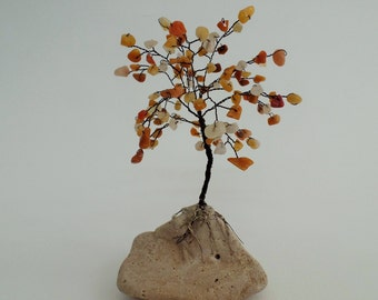 Yellow jade gemstone tree, wire tree sculpture, gem tree, wire tree of life,desk decor,yellow tree,wire  tree,green tree,beaded tree