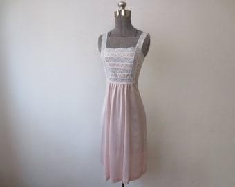 Vintage '70s Gossard Artemis Pale Pink Nylon Hippie Boho Embroidered Nightie w/ Lace Straps & Bodice Accents, Medium