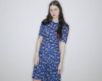90s Blue rayon floral plunging waist prairie dress size small