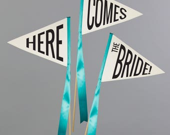 """Set of 3 Wedding Flags """"Here Comes the Bride"""" Pennant Flags 