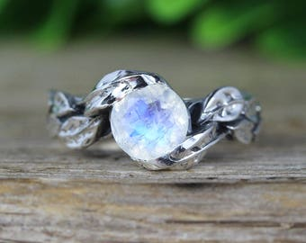 Rainbow moonstone Leaf Ring, Moon Stone Gemstone In Silver, Leaves Ring, Friendship Silver Ring, Nature Ring, Unique Floral Moonstone Ring