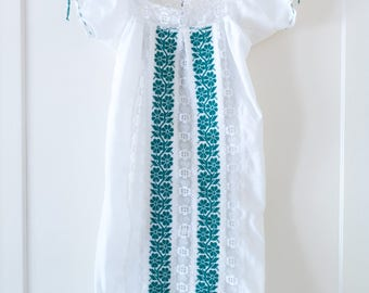 Vintage 1960's Mexican Oaxacan White Embroidered Dress / Bohemian / Boho / Festival / Handmade / Size L
