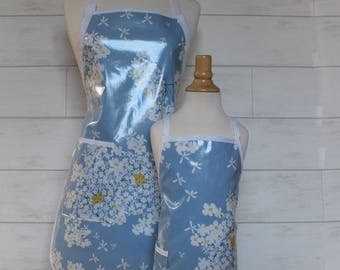 Mom and Me Grandma and Kid Apron Set in Blue with White Flowers