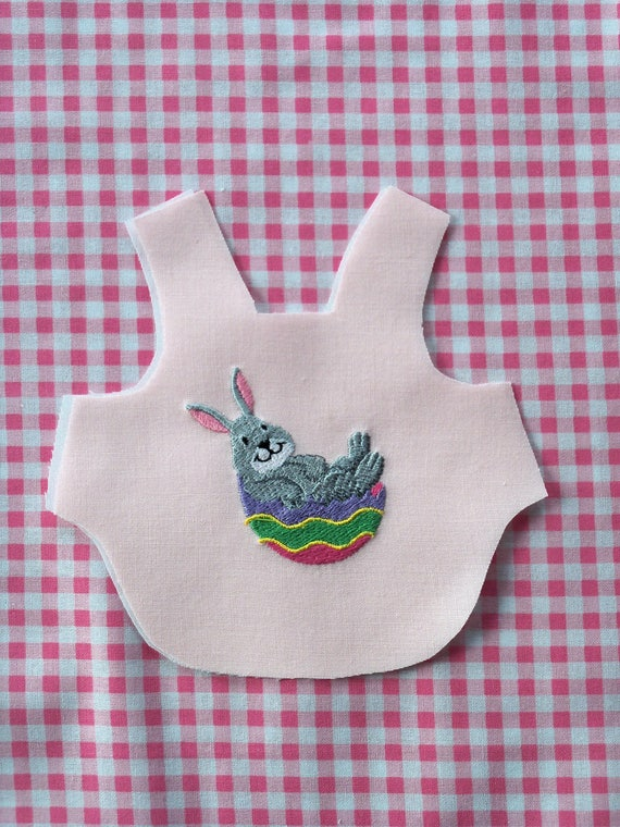 WELLIE WiSHER Size / Embroidered  Easter Apron / Lining Included / Use with BE MINE Sewing Pattern