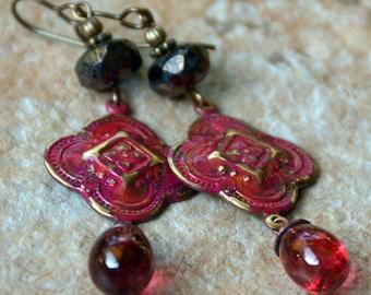 Gypsy Fuchsia Pink Patina Vintaj Charm Handmade Pink Red Lampwork  Wirewrapped Earrings