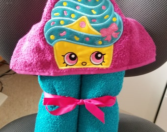 Shopkins Cupcake  Hooded Towel
