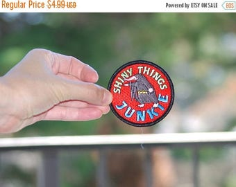 Back To School Sale Niffler ® Patch Free Shipping (US) Shiny Things Junkie Heat-sealed applique embroidered patch Fantastic Beasts and Where