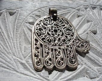 Moroccan silver (tested) hand engraved filigree large  Hand  pendant
