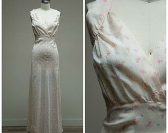 Vintage 1940s Nightgown • Sweet Romance • Pink Nylon with Bow Print 40s Bias Cut Nightgown Size Small