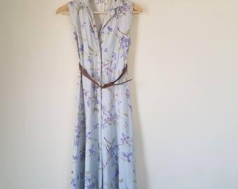 Vintage light blue summer dress / midi floral dress / midi dress / sleeveless dress / button up dress / blue flower dress / sundress / linen
