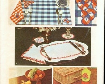 Uncut Vintage 1970s Simplicity 5473 Appliqued Table Setting, Placemats, Napkins, Coasters and Napkin Rings Decorator Sewing Pattern