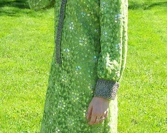 Vintage 1960s Ladies Green Sequins & Bead Trimmed Lace Cocktail Dress by De Paul Size 14 Only 99 USD