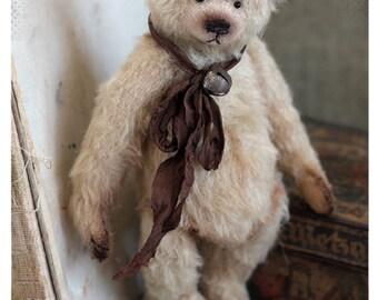 Classic Teddy bear Gabriel 19 cm OOAK