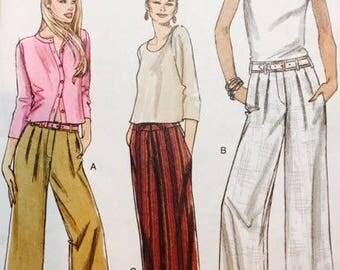 Very Easy Vogue 8201 Misses Petite Pants